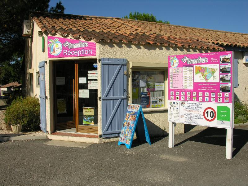 Camping Les Amandiers ****