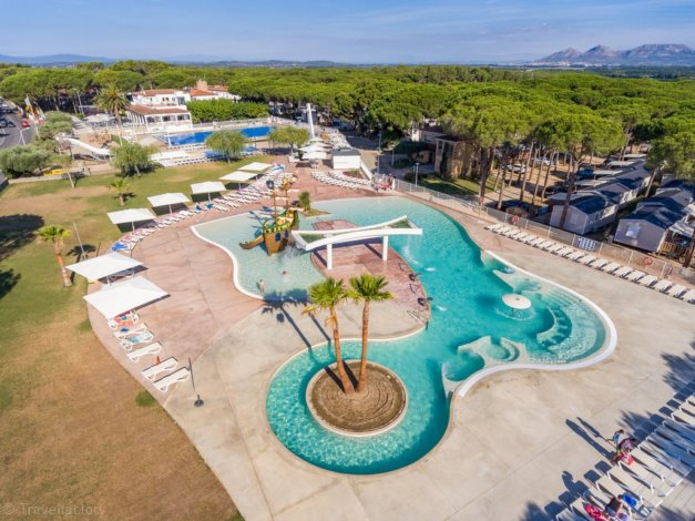 Camping Cypsela Resort 4*