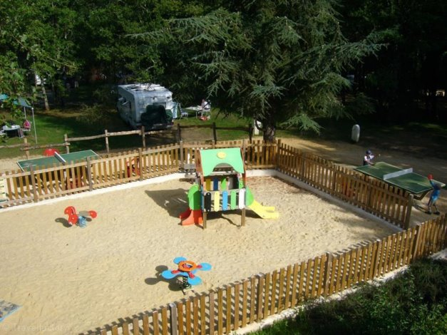 Camping Domaine Le Quercy 4*