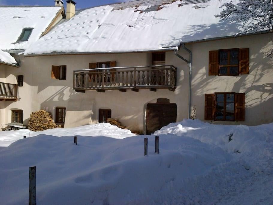 Maison De Village LMO050-0000