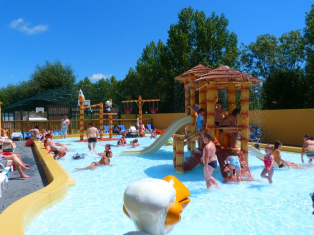 Camping Moncalm 4*