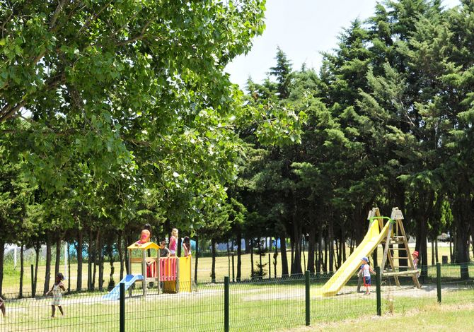 Camping Les Abricotiers